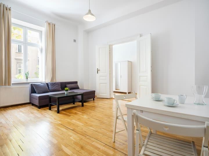1 bedroom apartment (15b) - City Centre