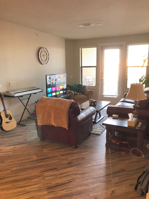 2 Bed 2 Bath Near Downtown Austin Apartments For Rent In