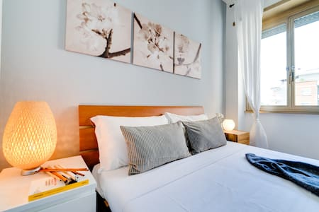 Comfortable flat well connected to the City center - Roma