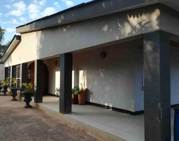 Private Villa near Airport and Tourist Sites