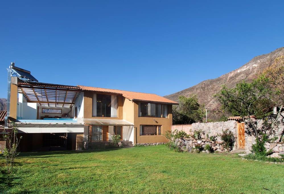 Fantastic house in the middle of the best part of the Sacred Valley with huge garden