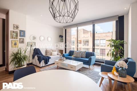 Beautiful trendy 1-room apartment in Zona G