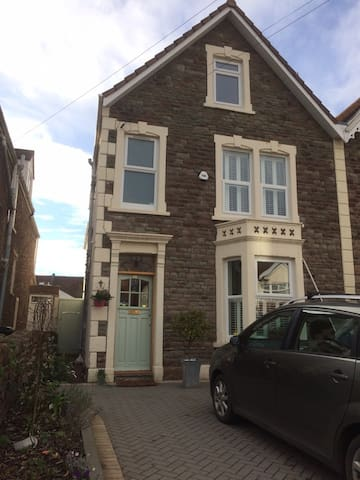 Fab Victorian Townhouse Perfect for Family Holiday