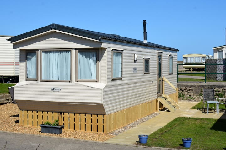 Seafront, Dog Friendly Caravan - Lowestoft - Huis