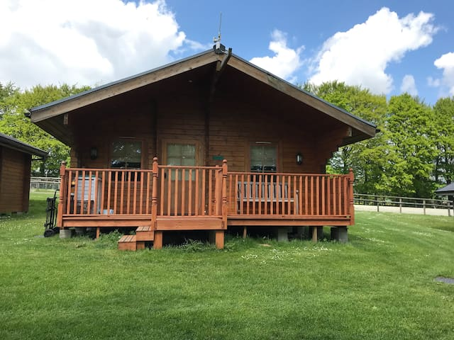 Magna Lodge: Country Air and comfort