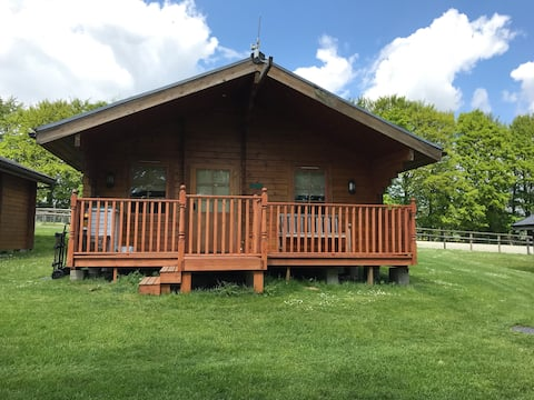 Magna Lodge:Self-contained nr Longleat, Stonehenge