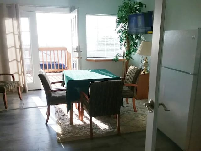 PELICAN BEACH SUITES #2 - NO PETS - WE PAY 10% TAX
