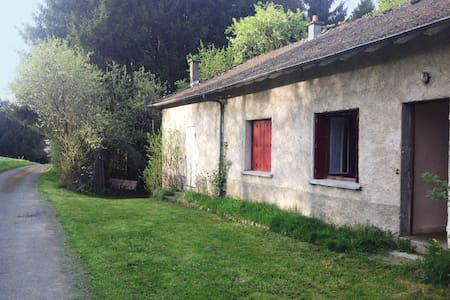 Maison simple et charmante - Saint-Sauveur-la-Sagne