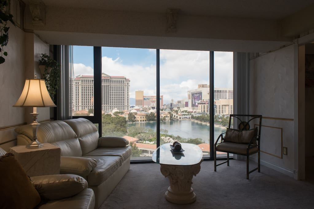 Breathtaking views of the Las Vegas Strip and Bellagio water show from this room!