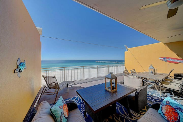 Stunning, Gulf Front Condo with Spacious Balcony