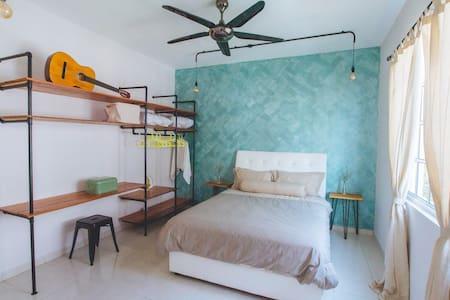 [d'Vogue]#1 - 3BR Comfy Townhouse @ Kampar - Kampar - Wohnung