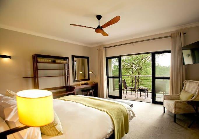 Ilala Lodge Hotel - Deluxe Room