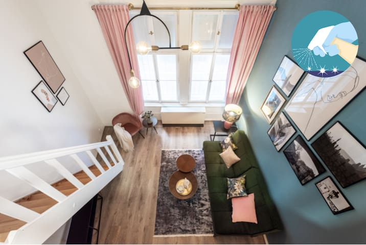 New Stylish Apartment in Old Prague center Kampa