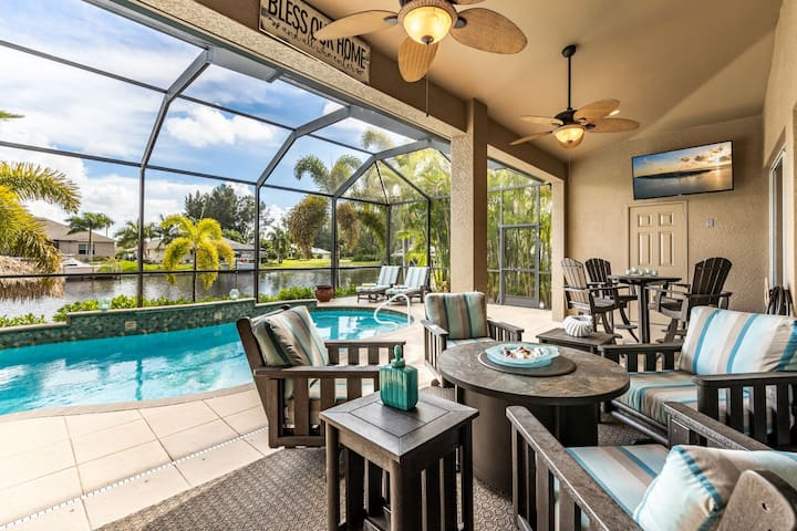 Roelens Vacations - Villa Neptune's Grotto - Cape Coral