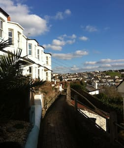 3 KINGSLEY TERRACE BIDEFORD DEVON - Bideford