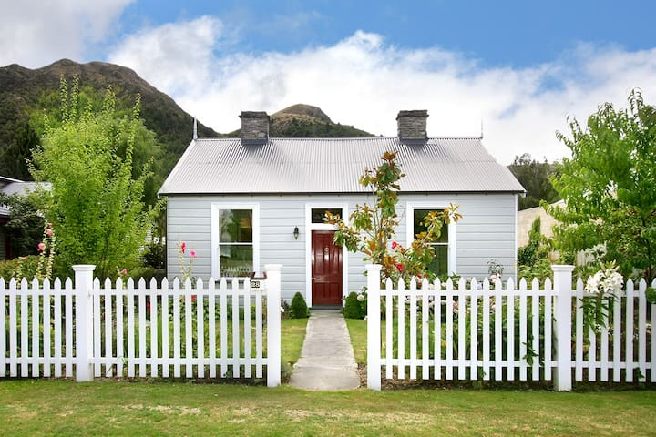 Fox's Retreat - Arrowtown - Huis