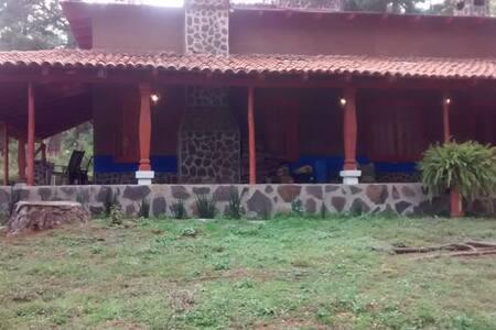 Cabañanas Cumbres 2. Tapalpa, Juanacatlán.