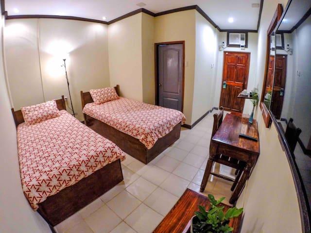 Coron Residencia de Rosario - Deluxe Room 101