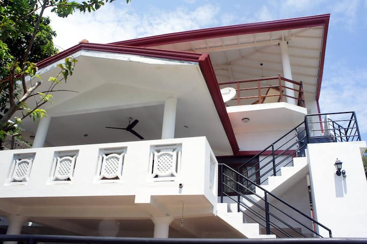 Sam's Guest House- 30% Off Booking