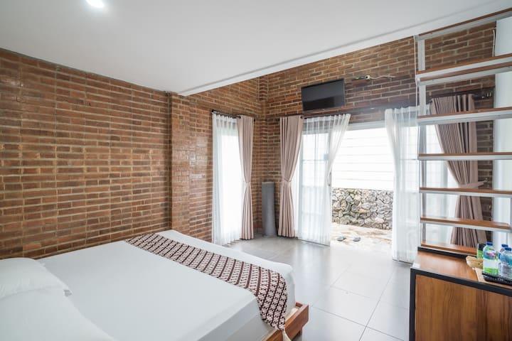 Stylish Mezzanine Cabin with Brick Interior Design