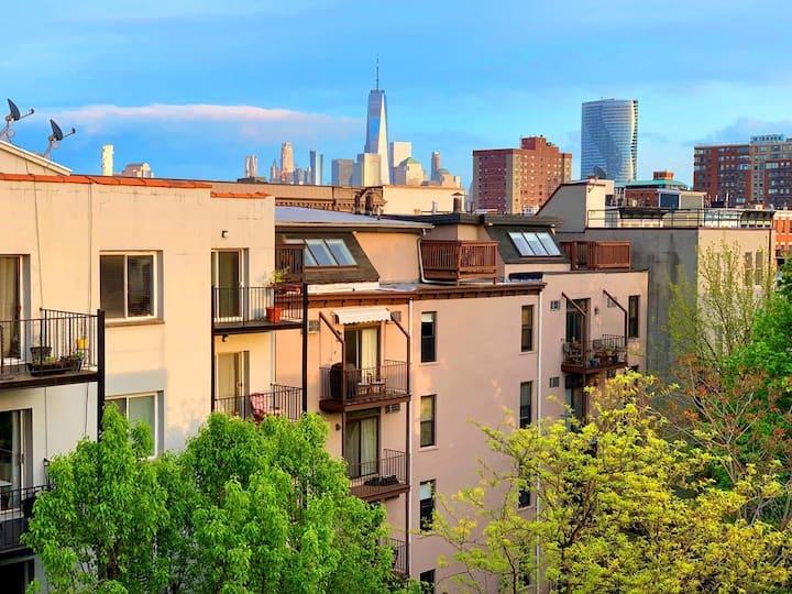 Spacious Apartment, Downtown Hoboken w/NYC Views