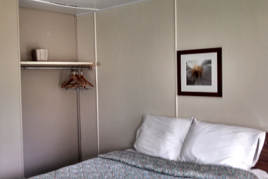 Double Bed and Closet Area