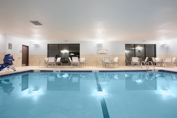 Air-Conditioned Suite | Pool Access + FREE Daily Breakfast Included