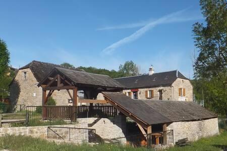 Auberge du Moulin - La Canourgue - Gästehaus