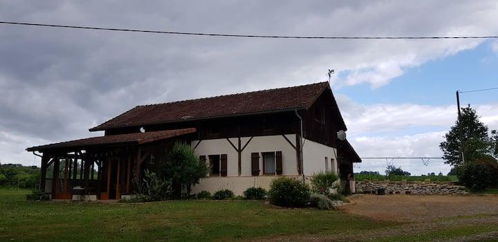 Charmante grange rénovée à la campagne