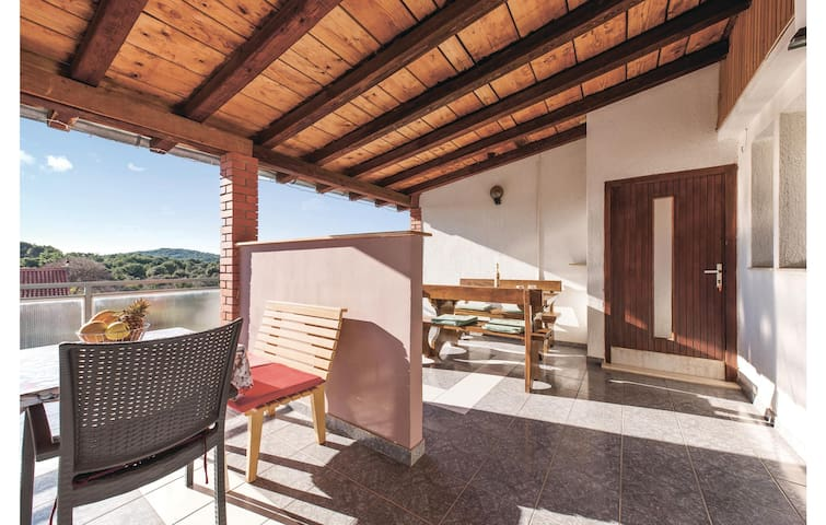 Holiday apartment with 1 bedroom on 33m² in Jezera