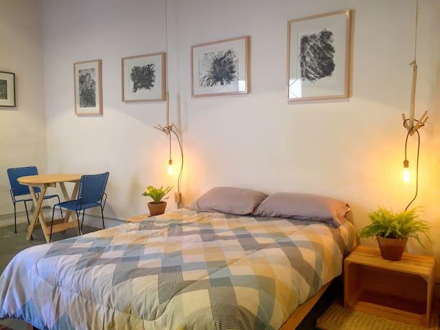 Habitación ideal para artistas o amantes del Arte