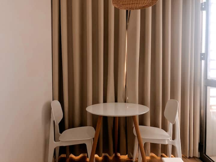 High Floor with Cozy, Airm Chair For Reading