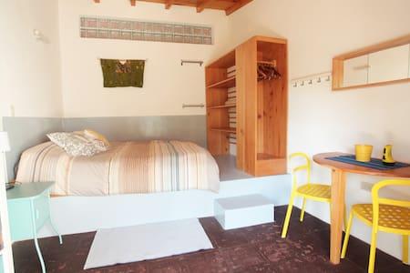 Casa Vivare-GRR (Garden Room on lake Atitlan) - Santa Cruz la Laguna - Hus