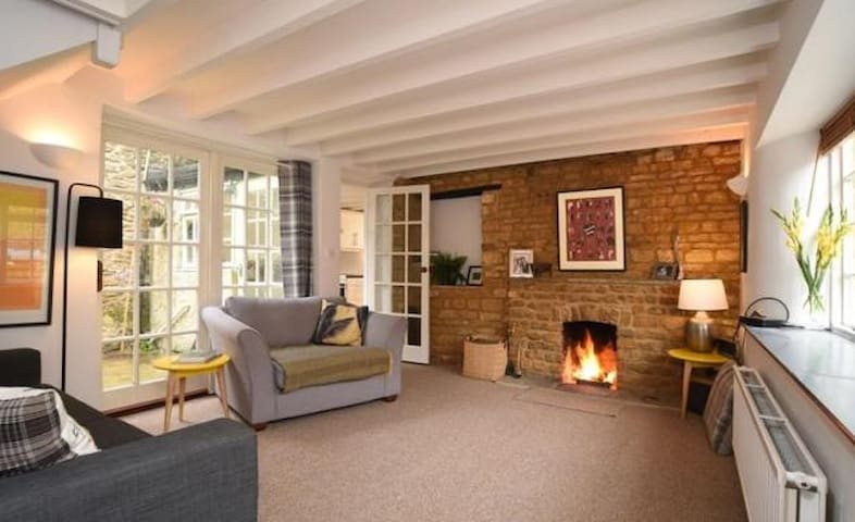 The Bothy, cosy cottage in great market town - Deddington - Casa