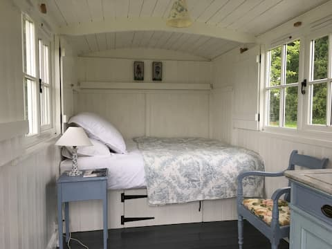 West Sussex Shepherds Hut