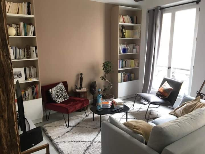 ATYPICAL LOFT IN THE HEART OF THE MARAIS FOR 2 PEOPLE