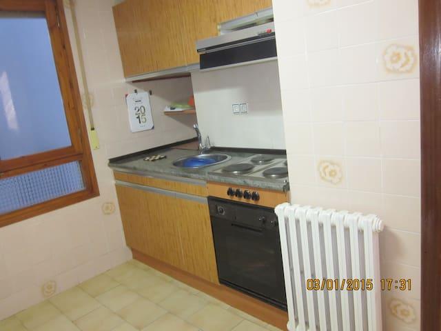Alquilo apartamento en Ainsa - Aínsa - Huoneisto