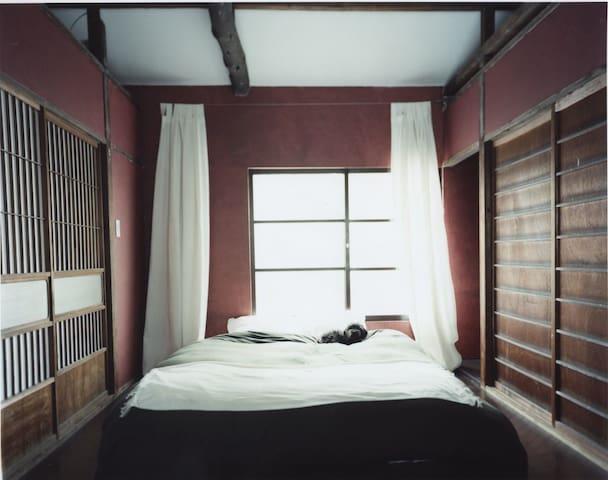 Ikebukuro two-story house, 5 guests, wi-fi