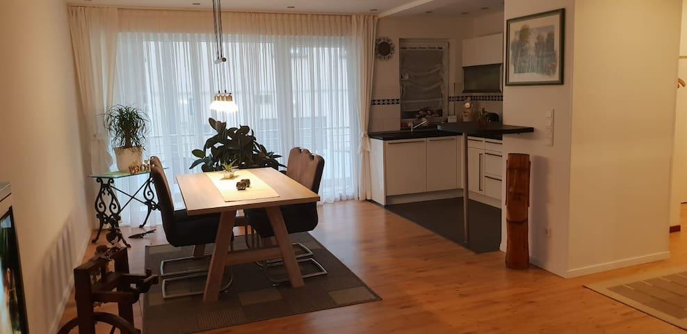 Hochwertige 85qm-Wohnung mit Balkon in Top-Lage