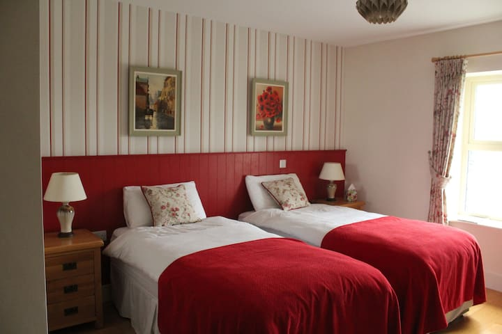 Bed and Breakfast in Luachra Lodges' Rose Room