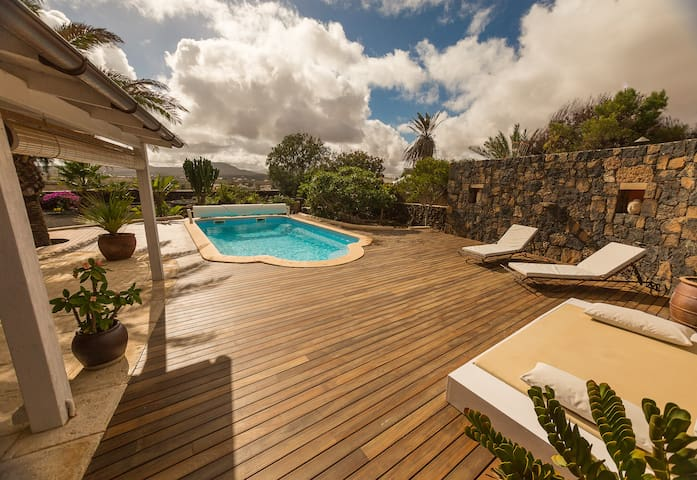 Superb house heated swimming pool - Lajares - Rumah