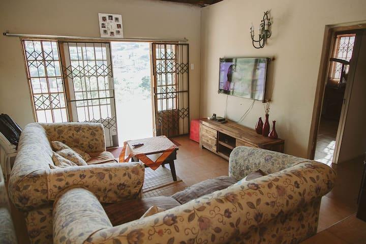 Egugwini Peaceful house