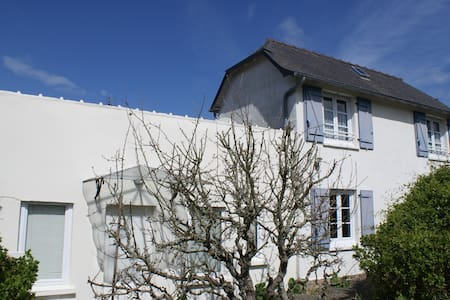 Petite maison de charme proche de la mer - Trebeurden