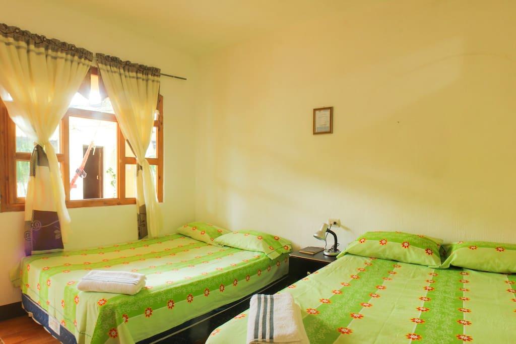 Hermosa limpia y relajante habitaci n en san pedro casas de hu spedes en alquiler en san pedro - Alquiler habitacion la laguna ...