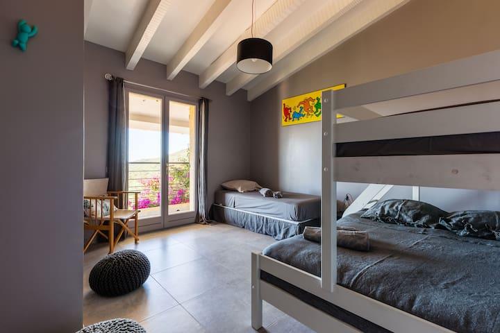 Chambre Enfants vue mer et balcon