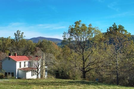 Fabulous Farmhouse - Escape to the Blue Ridge - Syria - Rumah