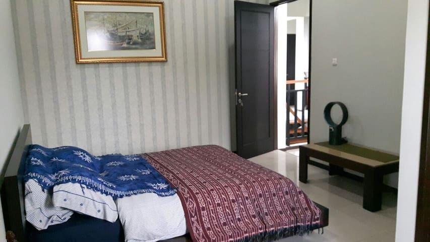 Cozy Suite Mampang - Mampang Prapatan - Rumah