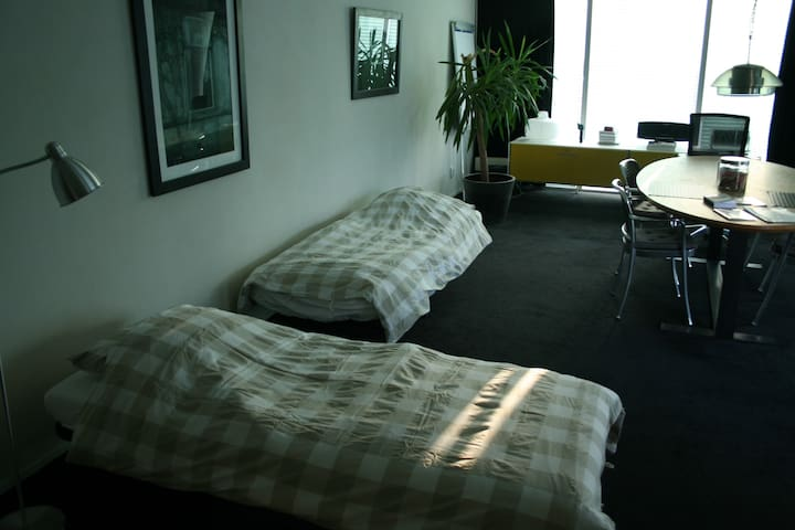 Large apartment close to Amsterdam!