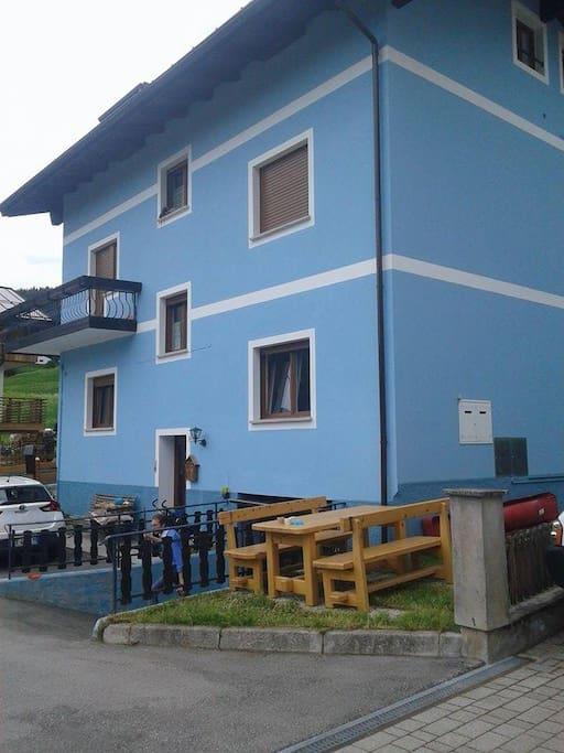 La 'casa azzurra'.