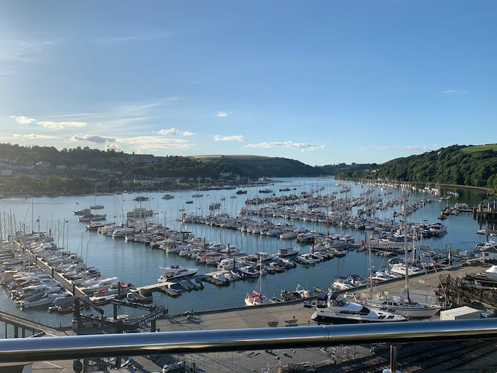 River Dart Views from Luxury Penthouse Apartment